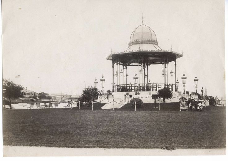 C 1880's Photo China Shanghai Bandstand and Bund (ebay via pinterest)
